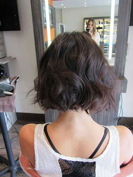 Short Bob Wavy Layered