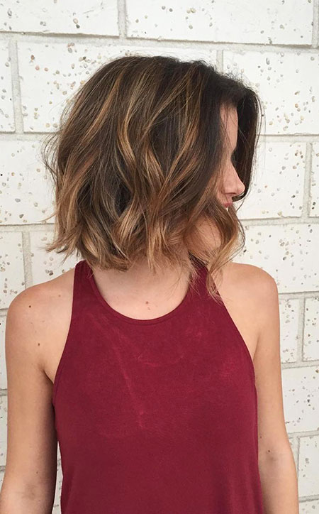 Above Shoulder Length, Short Brown Balayage Layered