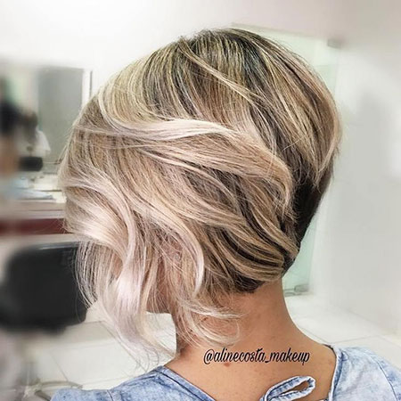Bob Blonde Inverted Short