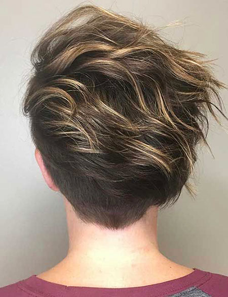 Layered Pixie Bob Blonde