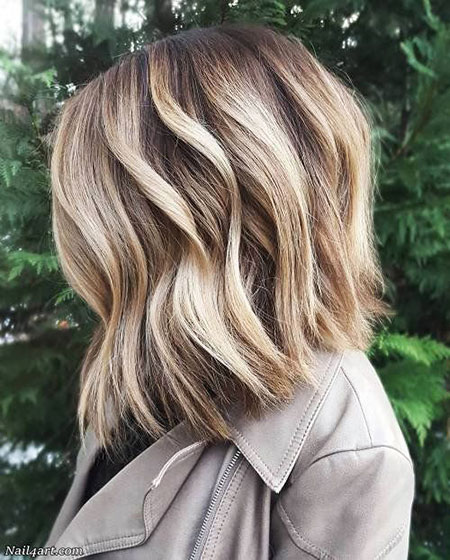 Blonde Wavy Balayage Choppy
