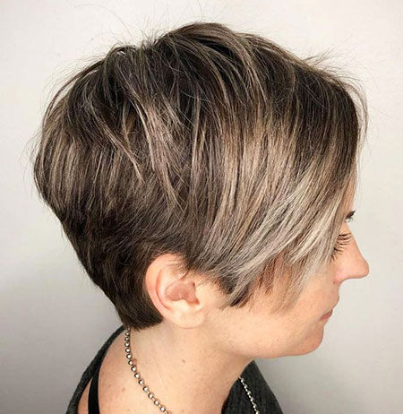 Short Pixie Hairtyles 50