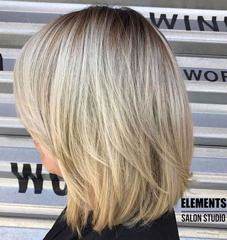 Blonde Bob Layers Medium