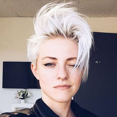 23 Short White Hairstyles | Short Hair Color