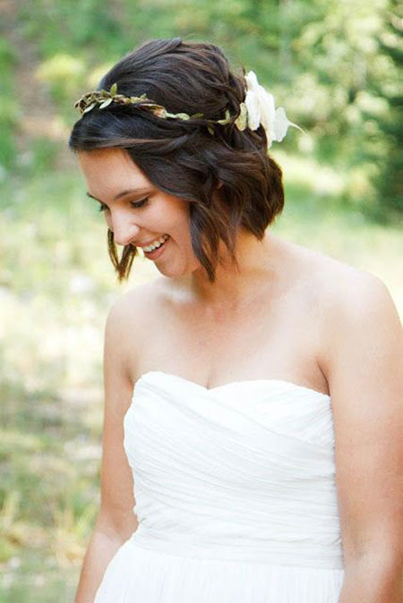 Bridal Wedding Hair Coiffure