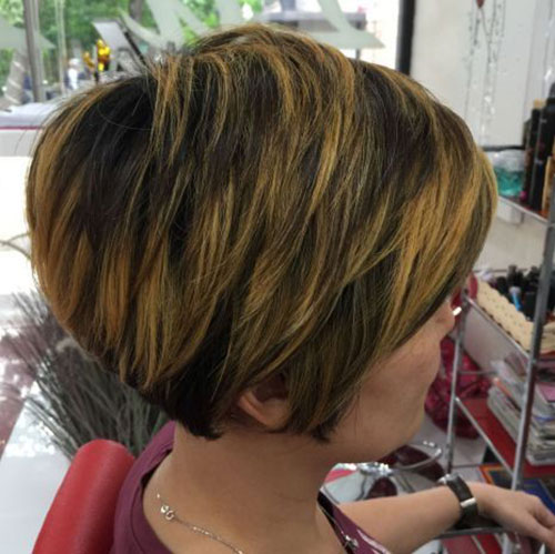 Short Hairstyles for Thick Straight Hair-16