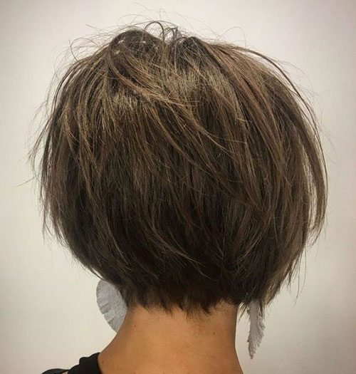 Short Hairstyles for Thick Straight Hair-19