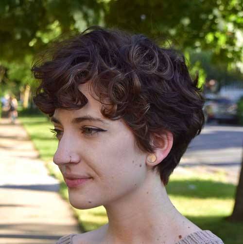 Short Curly Hair Cuts for Women