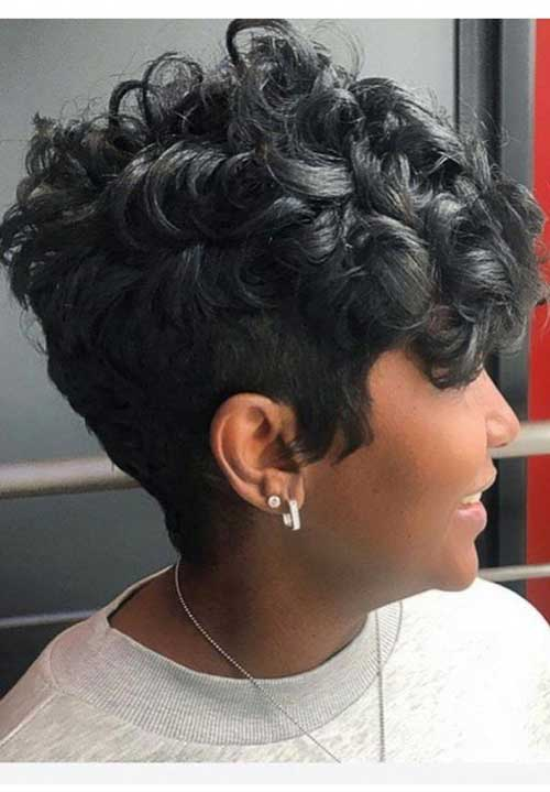 Pixie Haircuts for Black Women-16