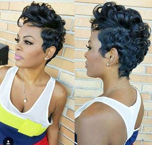 Medium Pixie African American Short Haircuts-12