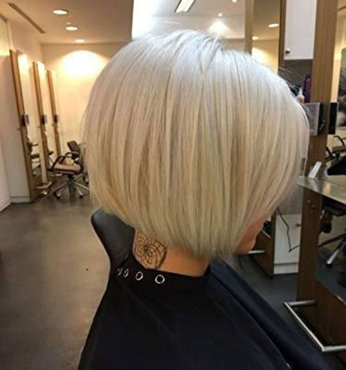 Short Bob Haircuts for Women with Fine Hair-18