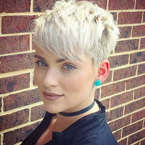 Short Blonde Fine Pixie Haircuts-20