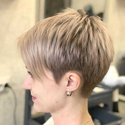 Hairstyles for Short Layered Hair-20