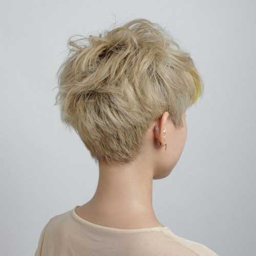 Short Pixie Haircuts-21