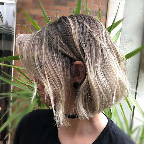 Short Hair Cut For Girls