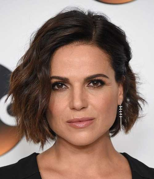 Short Hairstyles for Over 40-29
