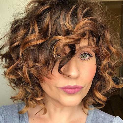 Curly Bob Hairstyles Side Bangs-6