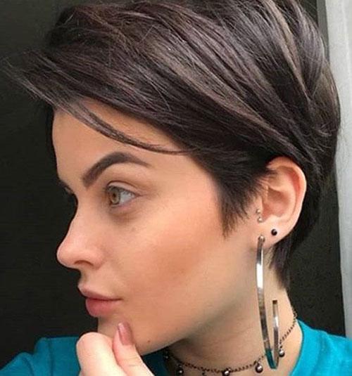 Straight Short Hairstyles-6