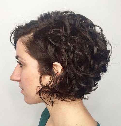 Chin Length Hairstyles for Short Curly Hair-8