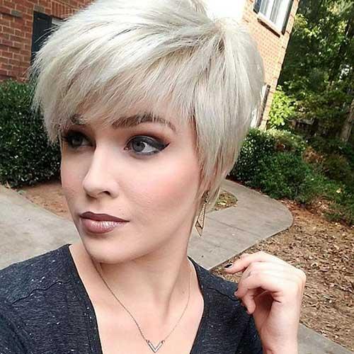 Blonde Pixie Hairstyles-10