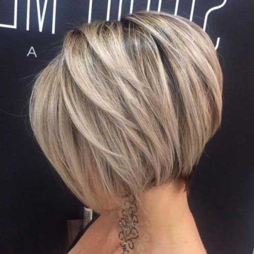 Layered Short Bob Haircuts-10