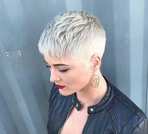 Blonde Pixie Haircuts-12