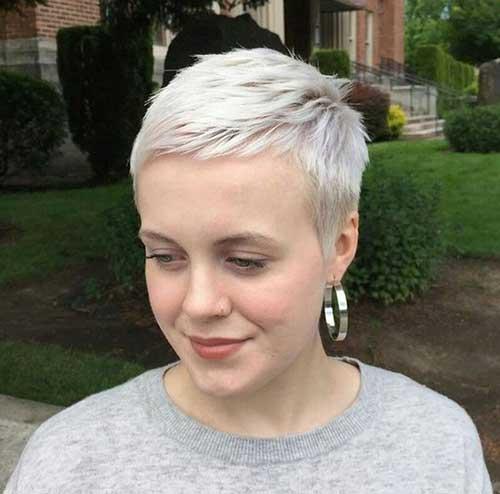 Blonde Pixie Hairstyles-12