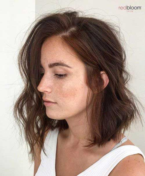 Bob Haircuts for Wavy Hair-17