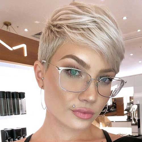 Blonde Pixie Haircuts-18