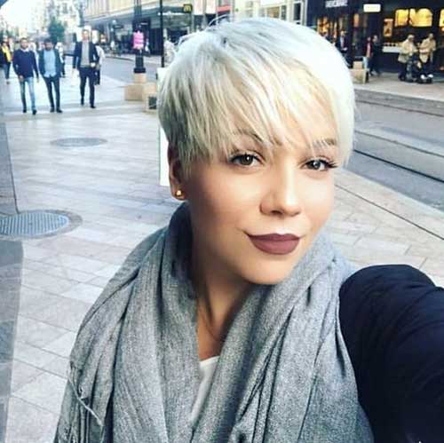 Blonde Pixie Hairstyles-19