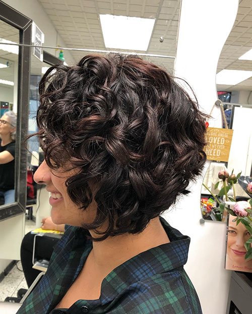 Short Haircut For Round Face Curly Hair