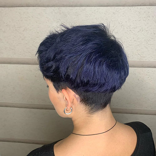 Short Hairstyles For Blue Hair