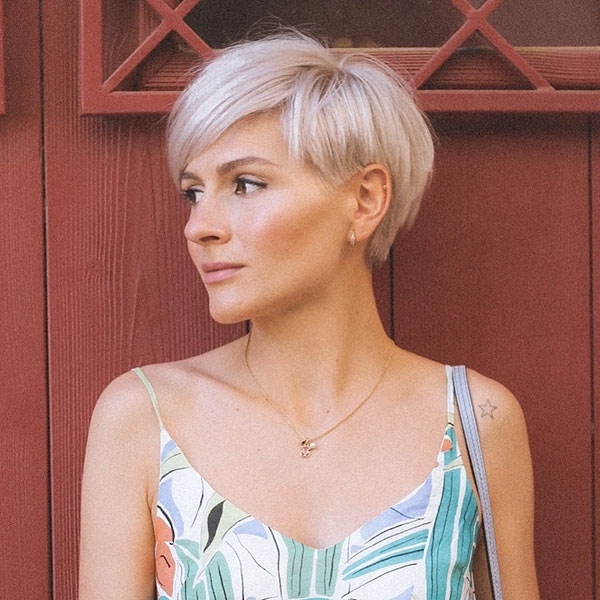 Short Straight Hair Ideas